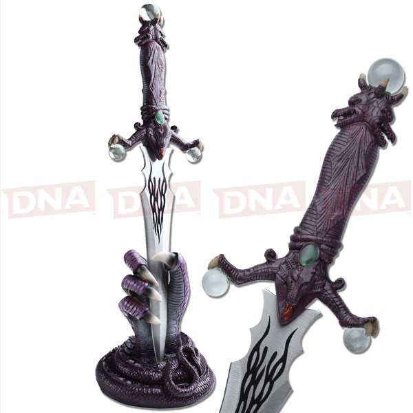 Fantasy-Master-Dragon-Dagger-and-Stand